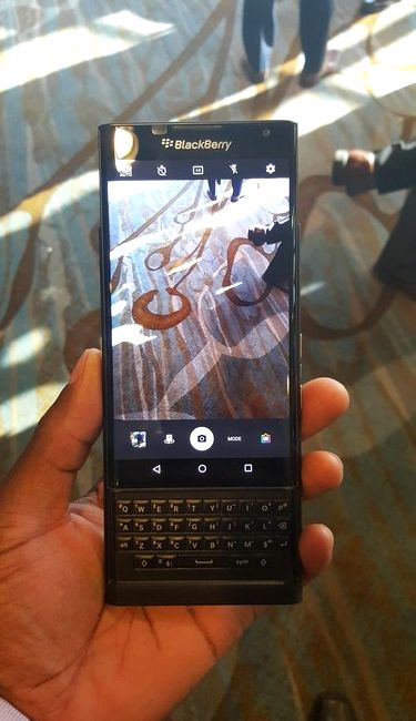 BlackBerry Priv fell into the hands enthusiast Reddit