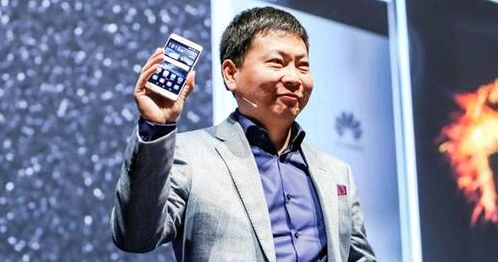 CEO Huawei told about 2K-display Honor V8