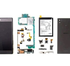 IFixit dismantled the Xperia Z5